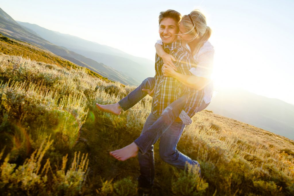 Young Couple In Sunset Lifestyle Western Lifestyle